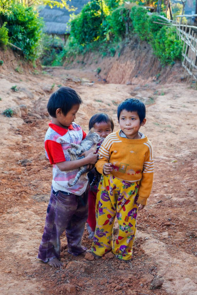 route myanmar hsipaw hike