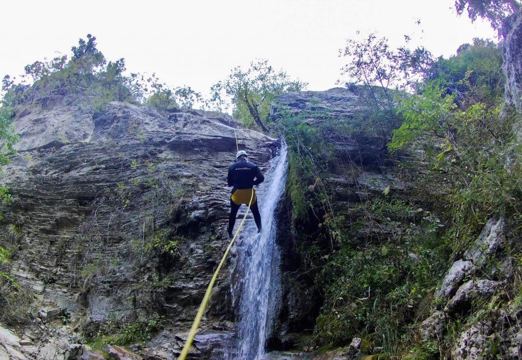 canyoning zagoria